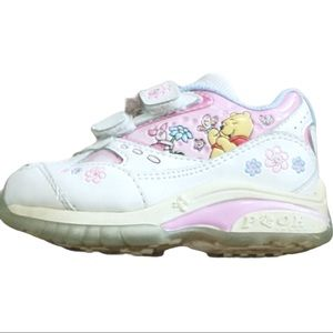 Winnie the Pooh Girls shoes